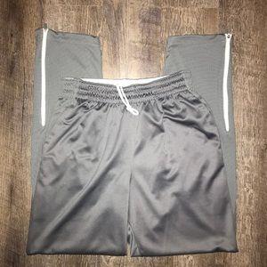 ea3669b6296f Jordan Men s Track Pants  Medium